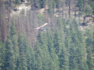 ヨセミテ国立公園 山火事か?ヘリコプター出動